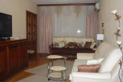 Сдается 1-комнатная квартира посуточнов Санкт-Петербурге, набережная кан. Грибоедова 19.
