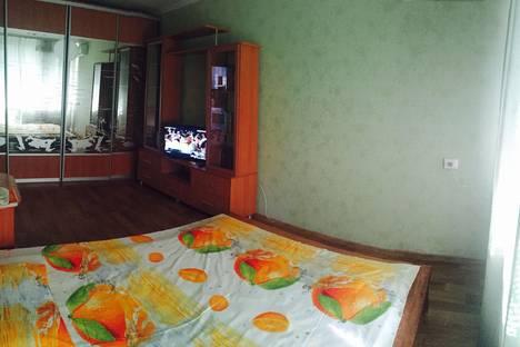 Сдается 1-комнатная квартира посуточно, Дзержинского 10.
