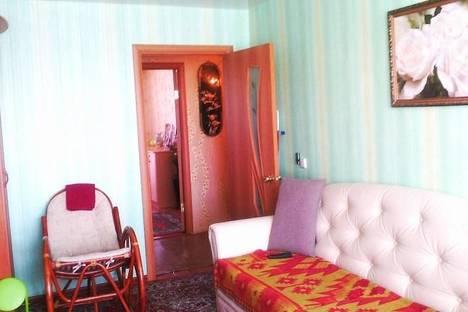 Сдается 2-комнатная квартира посуточно в Нижнем Тагиле, Октябрьской Революции, 30.