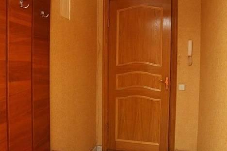 Сдается 2-комнатная квартира посуточнов Тюмени, республики 156.