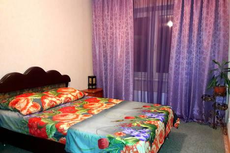 Сдается 2-комнатная квартира посуточнов Новокузнецке, Горьковская ул., 60.