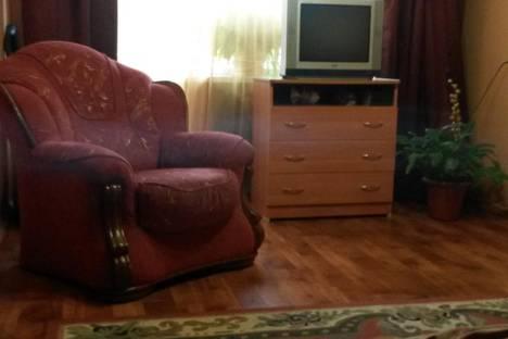 Сдается 1-комнатная квартира посуточнов Сергиевом Посаде, ул. Свердлова, 1а.