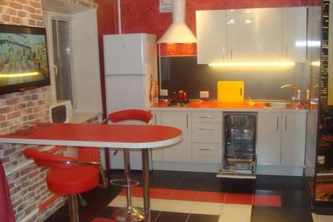 Сдается 1-комнатная квартира посуточно в Лобне, ленина,5.