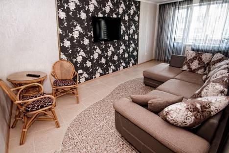 Сдается 2-комнатная квартира посуточно в Южно-Сахалинске, проспект Мира, 365а.