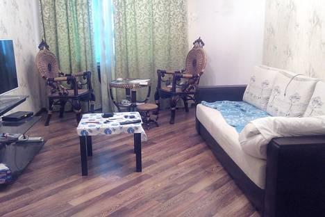 Сдается 2-комнатная квартира посуточно в Новороссийске, Южная 12.