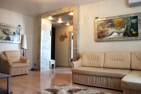 Сдается 2-комнатная квартира посуточнов Волгограде, пр-кт Ленина,6.