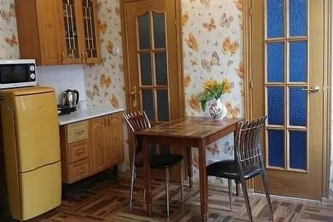 Сдается 2-комнатная квартира посуточно во Владивостоке, ул. Мордовцева, 8.