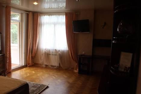 Сдается 1-комнатная квартира посуточно во Владикавказе, проспект Доватора, 21.