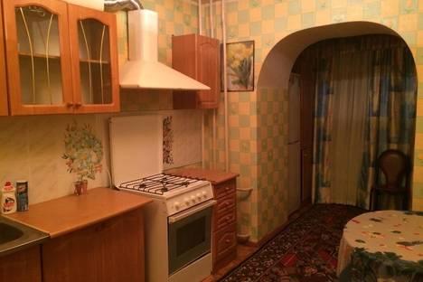 Сдается 2-комнатная квартира посуточно в Тарко-Сале, мкр. Комсомольский 9.