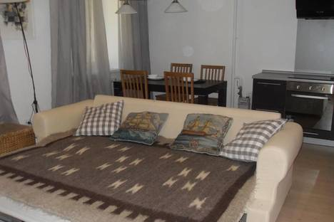 Сдается 1-комнатная квартира посуточно, переулок Смоленский, 9.