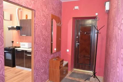 Сдается 2-комнатная квартира посуточно в Тарко-Сале, строителей 19.