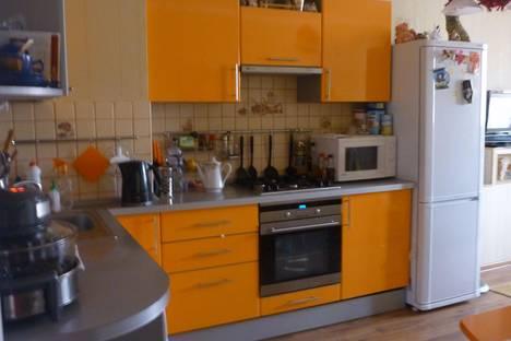 Сдается 1-комнатная квартира посуточно в Энгельсе, Шурова гора 7/11.