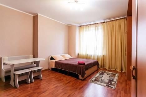 Сдается 1-комнатная квартира посуточно в Тюмени, ул. 50 лет ВЛКСМ, 13.