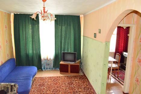 Сдается 1-комнатная квартира посуточно в Караганде, проспект Бухар жырау, 56.