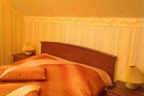 Сдается 1-комнатная квартира посуточно в Энгельсе, тельмана 8.