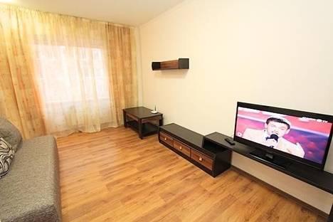 Сдается 4-комнатная квартира посуточно в Алматы, мкр. Керемет, дом 7.