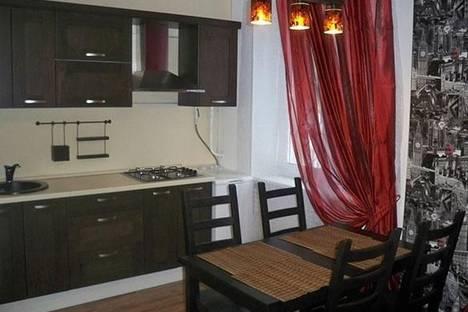 Сдается 1-комнатная квартира посуточнов Екатеринбурге, Уральская, 77.