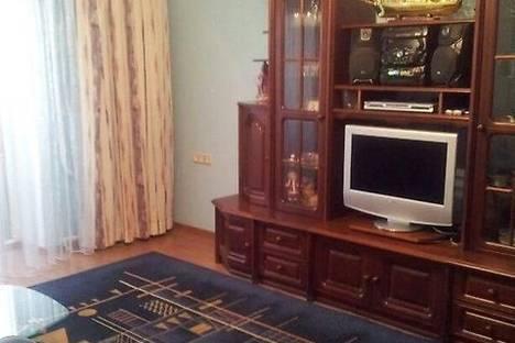 Сдается 2-комнатная квартира посуточново Владивостоке, ул. Пушкинская, 6.