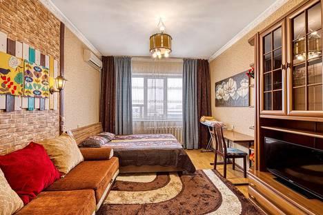 Сдается 1-комнатная квартира посуточно в Алматы, ул.Пушкина 28 - Макатаева.