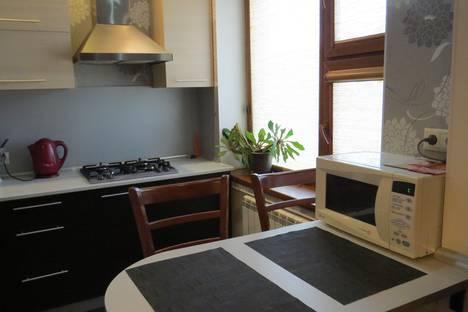 Сдается 1-комнатная квартира посуточно в Актау, 7-й микрорайон, 29.