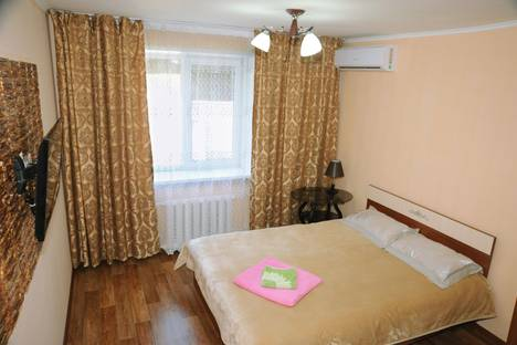 Сдается 1-комнатная квартира посуточно в Алматы, Желтоксан, 79а.