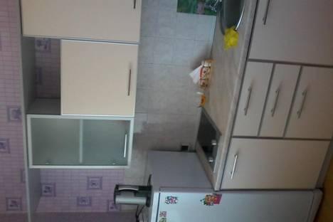 Сдается 1-комнатная квартира посуточно в Кызыле, Калинина, 2а.