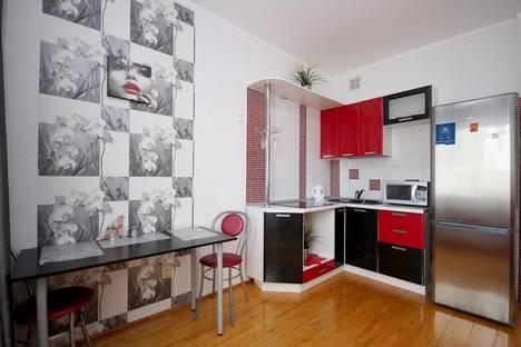 Сдается 1-комнатная квартира посуточно, ул. Серова, 45.