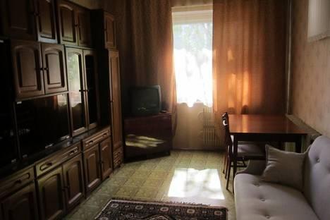Сдается 2-комнатная квартира посуточнов Астрахани, проезд Н. Островского, д.4, к.3.