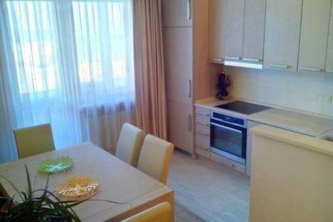 Сдается 2-комнатная квартира посуточно в Алматы, Розыбакиева,  289.