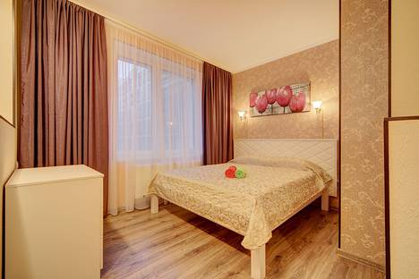 Сдается 1-комнатная квартира посуточнов Колпино, ул.Кременчугская 11 корп 2.