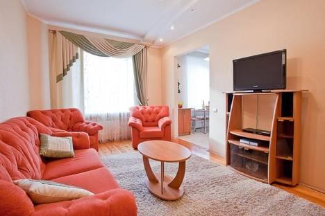 Сдается 3-комнатная квартира посуточно в Минске, Независимости 48.