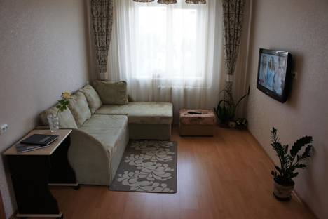 Сдается 2-комнатная квартира посуточно в Петрозаводске, Чапаева 102Б.