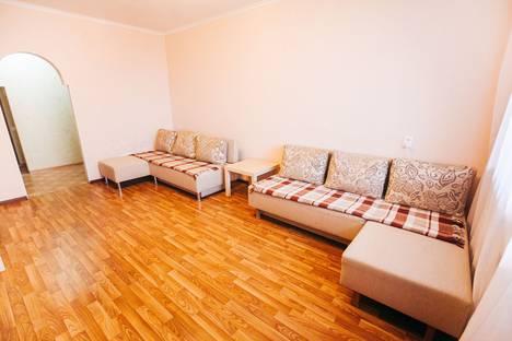 Сдается 3-комнатная квартира посуточно, Рылеева, 96.