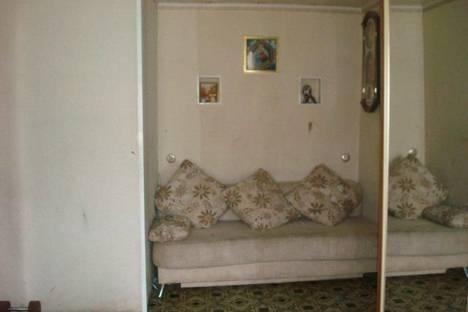 Сдается 1-комнатная квартира посуточново Владивостоке, ул. Адмирала Юмашева, 24.