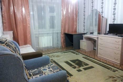 Сдается 1-комнатная квартира посуточнов Казани, ул. Широкая, 2.