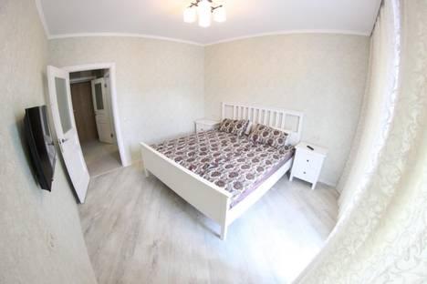 Сдается 1-комнатная квартира посуточно в Новосибирске, ул. Декабристов, 41.