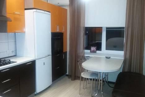 Сдается 2-комнатная квартира посуточно, Лесная 208.