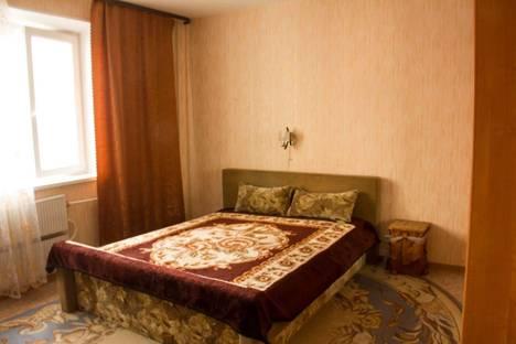 Сдается 1-комнатная квартира посуточнов Нягани, 4 микрорайон, дом 25.