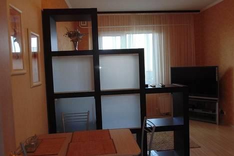 Сдается 1-комнатная квартира посуточнов Сургуте, Университетская 23/2.