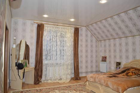 Сдается 3-комнатная квартира посуточно в Курске, ул. Володарского, 70.