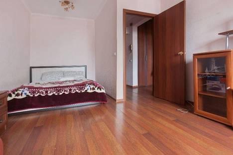 Сдается 1-комнатная квартира посуточнов Казани, Меридианная 8.
