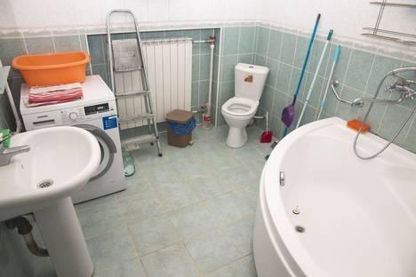 Сдается 3-комнатная квартира посуточно в Астрахани, ул. Чалабяна, 7/3.