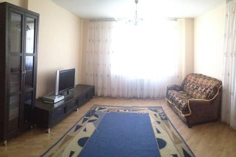 Сдается 2-комнатная квартира посуточно в Астане, ул. Кенесары, 47.