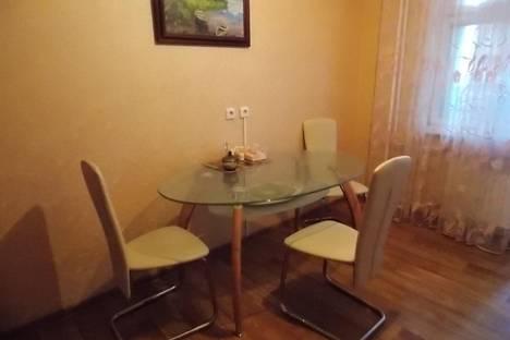 Сдается 1-комнатная квартира посуточно в Россоши, ул. Малиновского, д.25К1.