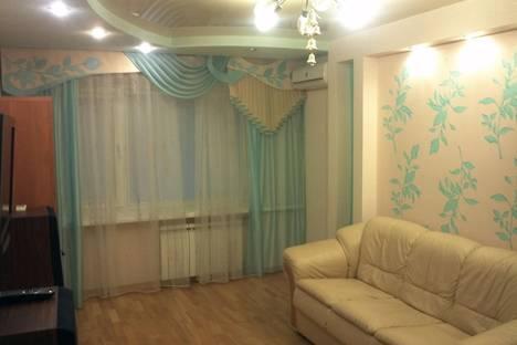 Сдается 2-комнатная квартира посуточно, Горького 28.