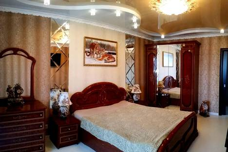 Сдается 2-комнатная квартира посуточно, Дубровинского набережная, 76.