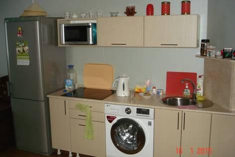 Сдается 3-комнатная квартира посуточно в Барнауле, Павловский тракт, 203.