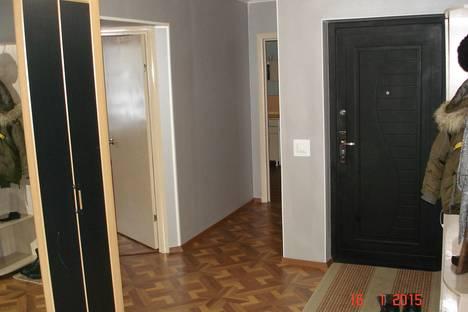 Сдается 4-комнатная квартира посуточно в Барнауле, Павловский тракт, 227.