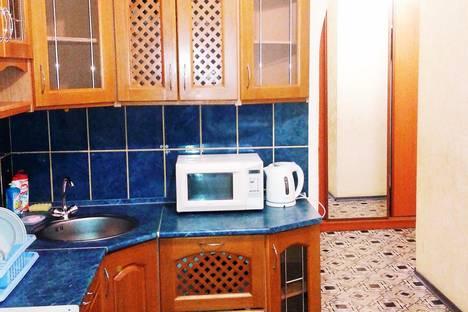 Сдается 1-комнатная квартира посуточно в Лянторе, 6 мкр дом 104.