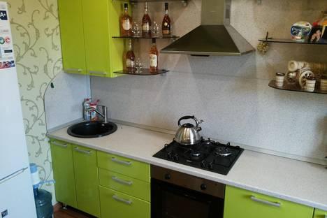 Сдается 1-комнатная квартира посуточно в Саратове, Пензенская 41.